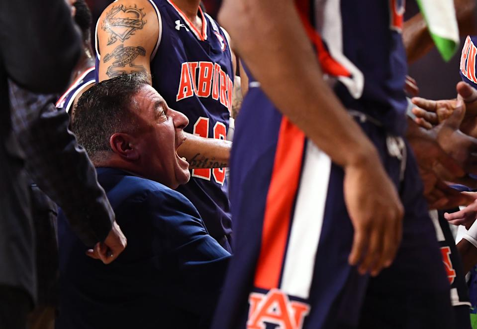 Head coach Bruce Pearl of the Auburn Tigers speaks to his team during the first half of the semifinal game in the NCAA Men's Final Four at U.S. Bank Stadium on April 06, 2019 in Minneapolis, Minnesota. (Photo by Brett Wilhelm/NCAA Photos via Getty Images)