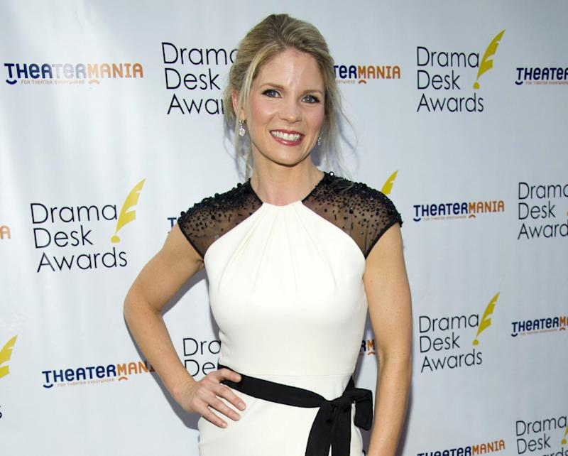 """FILE - This June 3, 2012 file photo shows actress Kelli O'Hara at the 57th Annual Drama Desk Awards in New York. O'Hara will be taking a break from singing Gershwin songs on Broadway early next year _ to song Rodgers & Hammerstein tunes with the The New York Philharmonic.  The Philharmonic said Monday, Nov. 12, that O'Hara, currently starring in """"Nice Work If You Can Get It"""" at the Imperial Theatre, will appear as Julie Jordan in a production of """"Carousel"""" running from Feb. 27 to March 2. (Photo by Charles Sykes/Invision/AP, file)"""
