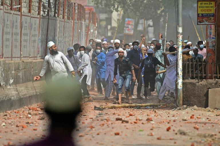 Clashes broke out in Dhaka between police and anti-Modi protesters
