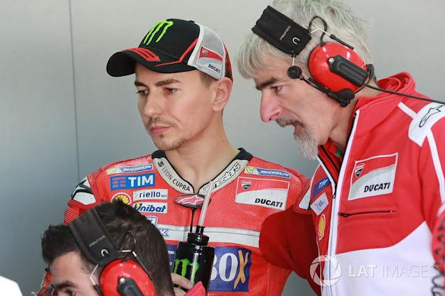 "Jorge Lorenzo, Ducati Team, Gigi Dall'Igna, Ducati Team Gerente General <span class=""copyright"">Gold and Goose / LAT Images</span>"