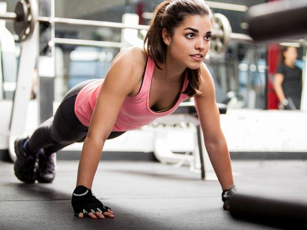 A Beginner's Guide To Push-ups For Women And Their Benefits