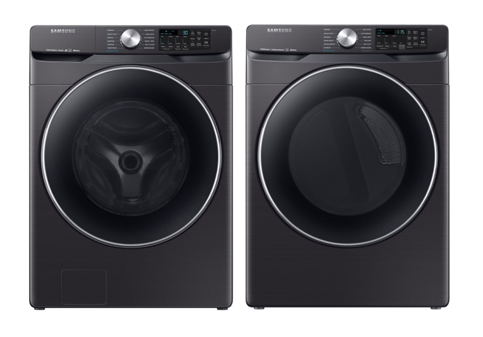 Samsung High-Efficiency Front Load Washer & Electric Steam Dryer in Black (Photo via Best Buy Canada)