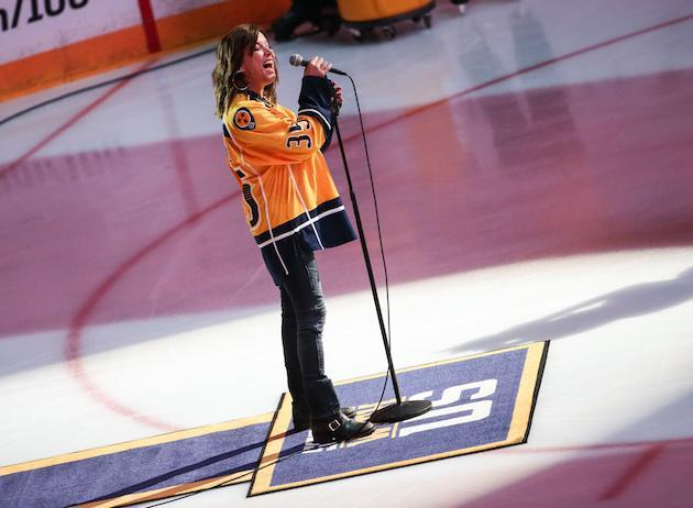 NASHVILLE, TN – JUNE 03: Singer-songwriter Martina McBride performs the National Anthem at the Stanley Cup Finals Game 3 Nashville Predators Vs. Pittsburgh Penguins at Bridgestone Arena on June 3, 2017 in Nashville, Tennessee. (Photo by Terry Wyatt/Getty Images)
