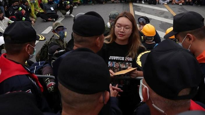 Student protest leaders handed over a letter of demands to the king's Royal Guard police