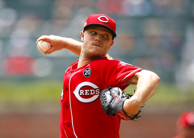 Cincinnati Reds starting pitcher Sonny Gray delivers in the first inning of a baseball game against the Atlanta Braves, Sunday, Aug.4, 2019, in Atlanta. (AP Photo/Todd Kirkland)