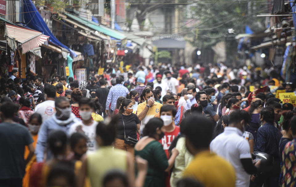 Coronavirus Live Updates: India reports 70421 new cases and 3921 deaths in last 24 hours
