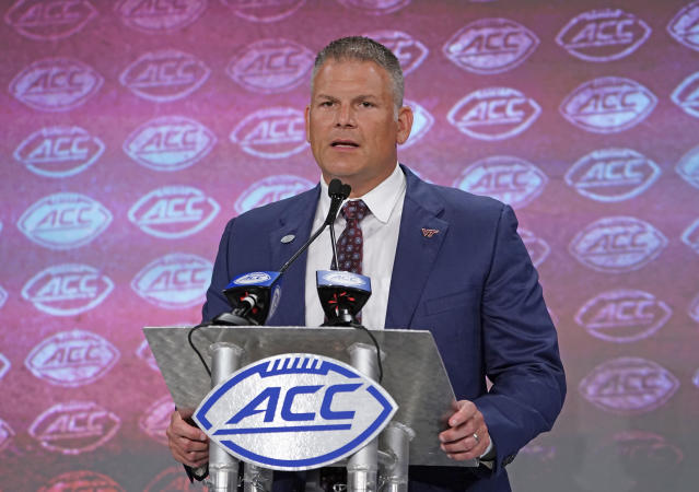 Virginia Tech head coach Justin Fuente is coming off a disappointing 6-7 record in 2018. (AP Photo/Chuck Burton)
