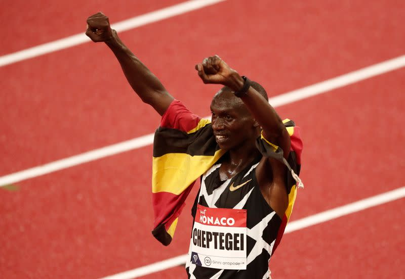 Cheptegei, Gidey demolish world records in Valencia