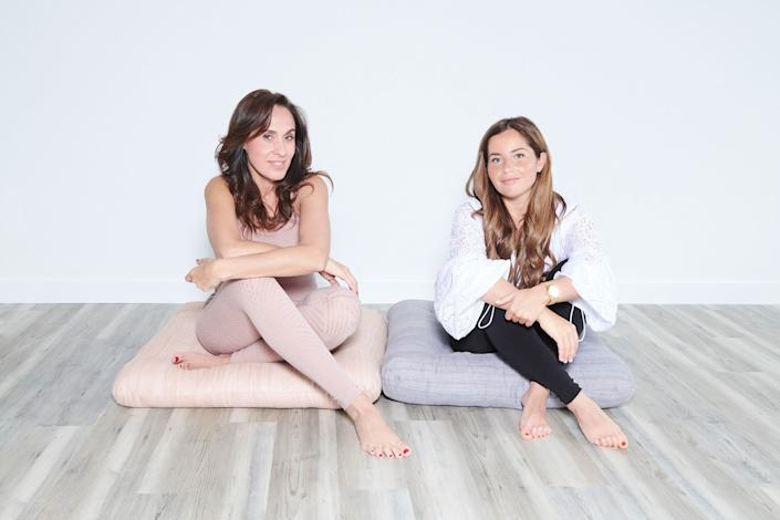"""<div class=""""caption""""> Jayma Cardoso and Marisa Hochberg </div> <cite class=""""credit"""">Photo: Courtesy of The Surf Lodge</cite>"""