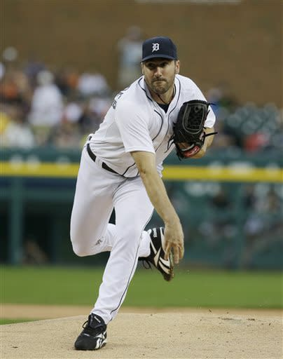 Detroit Tigers starting pitcher Justin Verlander throws during the first inning of a baseball game against the Chicago White Sox in Detroit, Tuesday, July 9, 2013. (AP Photo/Carlos Osorio)