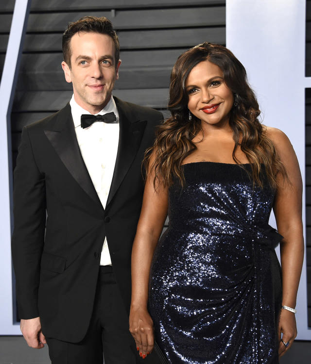 <p>Ryan and Kelly 4-eva. Kaling brought her best friend and <em>Office</em> costar along to the <em>Vanity Fair</em> party. (Photo: Evan Agostini/Invision/AP) </p>