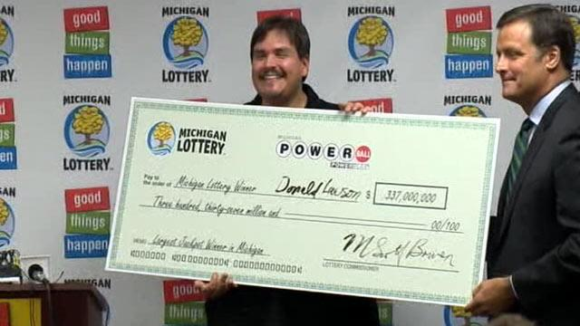 $337 Million Powerball Winner Told Whole Family to Retire