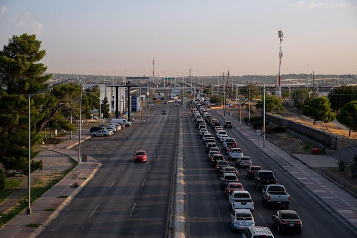 Thousands of vehicles wait to cross into the United States after sunrise in Ciudad Juárez, Mexico on Sept. 23, 2020.