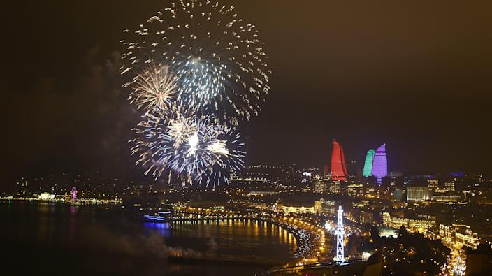 Fireworks light up the sky as part of new year celebrations. (Photo: Resul Rehimov/Anadolu Agency/Getty Images)