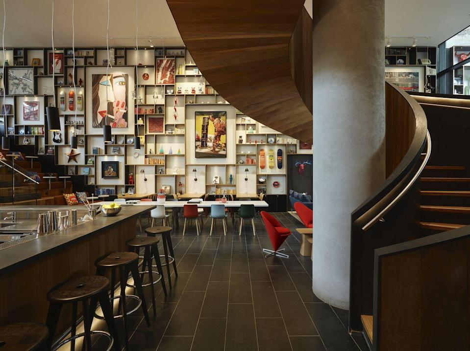 """<p>Designed by renowned Amsterdam architecture firm <a href=""""https://www.concreteamsterdam.nl/"""" rel=""""nofollow noopener"""" target=""""_blank"""" data-ylk=""""slk:Concrete"""" class=""""link rapid-noclick-resp"""">Concrete</a>, this hotel catches your eye from the moment you see it, and not just because it's the tallest building in the neighborhood. <a href=""""https://go.redirectingat.com?id=74968X1596630&url=https%3A%2F%2Fwww.citizenm.com%2Fhotels%2Funited-states%2Fnew-york%2Fnew-york-bowery-hotel&sref=https%3A%2F%2Fwww.veranda.com%2Ftravel%2Fg33833153%2Fbest-art-hotels-in-world%2F"""" rel=""""nofollow noopener"""" target=""""_blank"""" data-ylk=""""slk:citizenM's New York Bowery"""" class=""""link rapid-noclick-resp"""">citizenM's New York Bowery</a> location draws creative inspiration from its neighborhood in the Lower East Side, and is filled top-to-bottom with an eclectic mix of contemporary art, photography, and objects by local artists.</p><p>The hotel has spectacular, 360-degree views of the Manhattan from the rooftop bar, <a href=""""https://urldefense.com/v3/__https://www.citizenm.com/cloudm/new-york-bowery__;!!Ivohdkk!xM1CxPeaNeX1Tt_XwDp-I2R_VWq_oDdunAJwg2WC_mKhIap_NQWPe6v4ikSBLf58-w$"""" rel=""""nofollow noopener"""" target=""""_blank"""" data-ylk=""""slk:cloudM"""" class=""""link rapid-noclick-resp"""">cloudM</a>, and it is also home to the <a href=""""https://urldefense.com/v3/__https://www3.citizenm.com/mosa__;!!Ivohdkk!xM1CxPeaNeX1Tt_XwDp-I2R_VWq_oDdunAJwg2WC_mKhIap_NQWPe6v4ikQCfafRtA$"""" rel=""""nofollow noopener"""" target=""""_blank"""" data-ylk=""""slk:Museum of Street Art"""" class=""""link rapid-noclick-resp"""">Museum of Street Art</a> (MoSA), a 20-floor art installation featuring the work of original 5Pointz street artists, which is open to the public. citizenM commissioned the <a href=""""https://www.newmuseum.org/?gclid=EAIaIQobChMIpqqgqbfI6wIVkMDICh3UcgePEAAYASAAEgJ7cfD_BwE"""" rel=""""nofollow noopener"""" target=""""_blank"""" data-ylk=""""slk:New Museum"""" class=""""link rapid-noclick-resp"""">New Museum</a>, and its incubator NEW INC, to supply art for the guest rooms, so"""