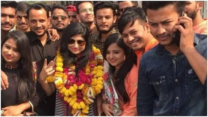 Bigg Boss 12 Evicted Contestant Saba Khan Gets a Grand Welcome in Her Hometown in Jaipur – Watch Video