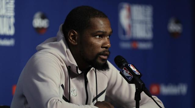 Sometimes NBA players like to turn hallways into runways as they sport elaborate suits and ensembles while entering arenas. But Kevin Durant prefers his sweatpants over suits, he revealed in Lee Jenkins' profile for Sports Illustrated.