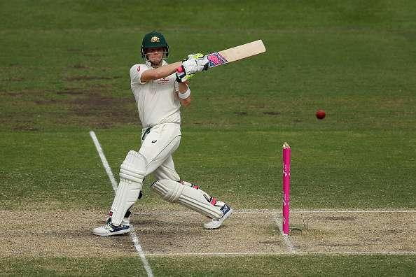 SYDNEY, AUSTRALIA - JANUARY 06: Australian captain Steve Smith bats during day four of the Third Test match between Australia and Pakistan at Sydney Cricket Ground on January 6, 2017 in Sydney, Australia. (Photo by Cameron Spencer/Getty Images)