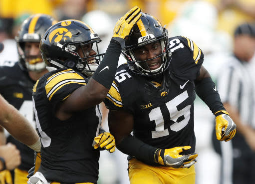"Iowa's <a class=""link rapid-noclick-resp"" href=""/ncaaf/players/264245/"" data-ylk=""slk:Josh Jackson"">Josh Jackson</a> led the nation with eight interceptions. (AP Photo/Charlie Neibergall, File)"
