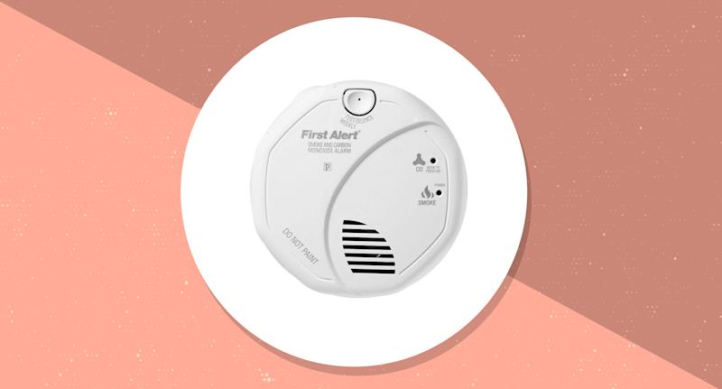 This smoke and CO2 detector has a 4.3 out of 5 star rating with 2,142 customer reviews. (Photo: Amazon)