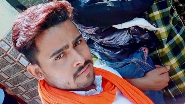 22-year-old Agra resident Shyam Sikarwar was unemployed and in depression as the girl he loved was marrying someone else. So he decided to commit suicide and stream it live on Facebook.