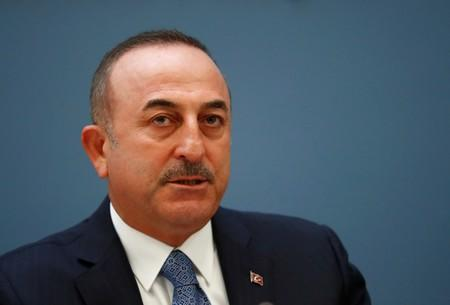 Turkey will launch operation in Syria if safe zone not established: minister
