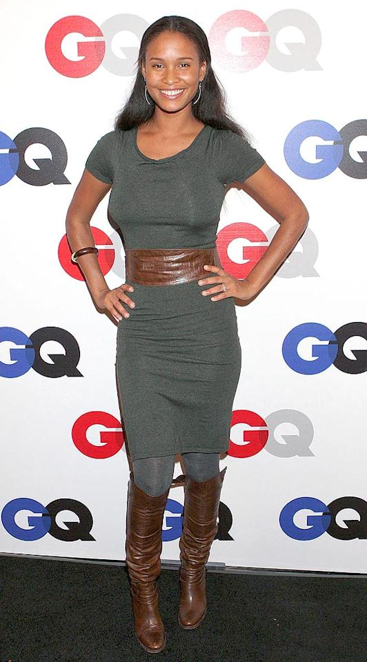 """Model/actress Joy Bryant's matching leather belt and boots liven up her basic t-shirt dress. Carlos Diaz/<a href=""""http://www.infdaily.com"""" target=""""new"""">INFDaily.com</a> - December 5, 2007"""