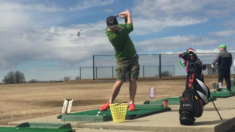 'They're just itching to get out': Golfers happy to finally be taking hacks