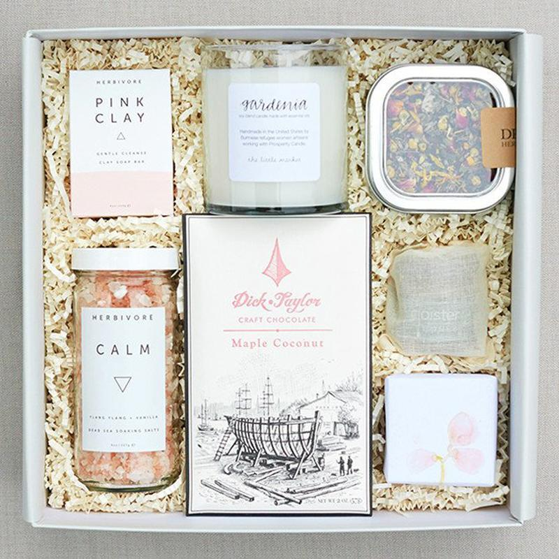 """<p>Give your workaholic friend or family member everything she needs to slip into a well deserved spa mode with Teak & Twine's gift set.</p><p>Buy it <a rel=""""nofollow noopener"""" href=""""http://teakandtwine.com/collections/for-the-ladies/products/the-spa-day"""" target=""""_blank"""" data-ylk=""""slk:here"""" class=""""link rapid-noclick-resp"""">here</a> for $118.</p>"""