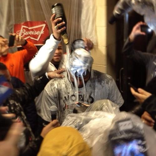World Series MVP Panda Sandoval gets it in the clubhouse @yahoosports via @KevinKaduk