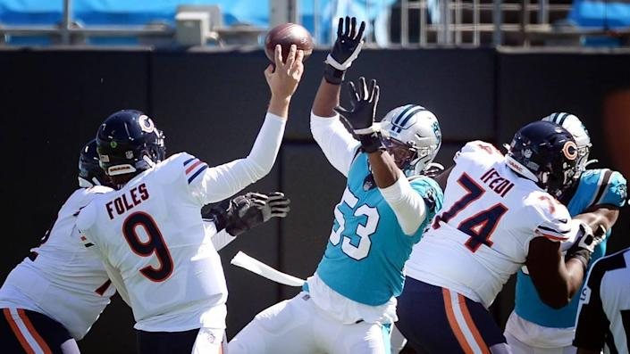 Carolina Panthers defensive end Brian Burns pressures a throw from Chicago Bears quarterback Nick Foles (9) in first half action Sunday, Oct. 18, 2020.
