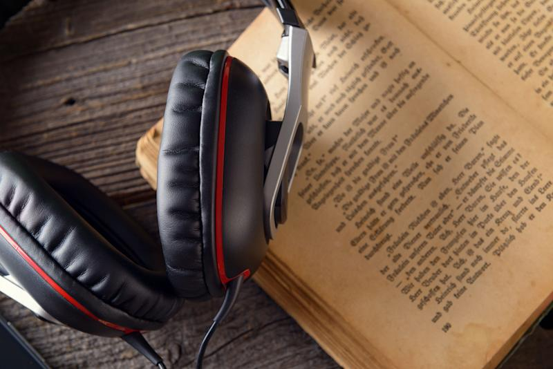 Audible gets some competition from eStories, a new audiobook service