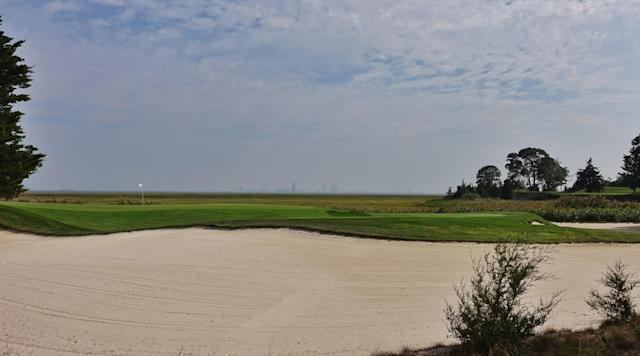 "<div class=""caption""> par-3 2nd </div> <cite class=""credit"">Courtesy of Jon Cavalier</cite>"