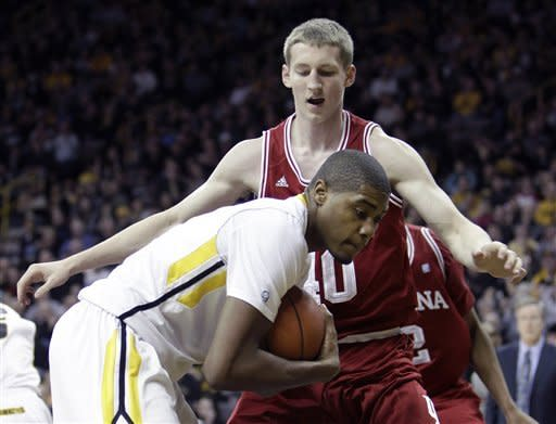 Iowa blows out No. 18 Indiana 78-66