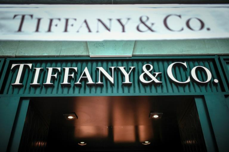 Sources said Tiffany and LVMH are close to a final agreement to resusciate their merger