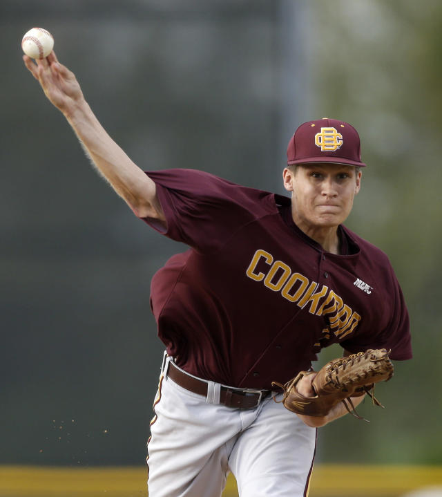 Bethune-Cookman's Montana Durapau pitches against Miami during the first inning of an NCAA college baseball regional tournament game in Coral Gables, Fla., Friday, May 30, 2014. (AP Photo/Alan Diaz)