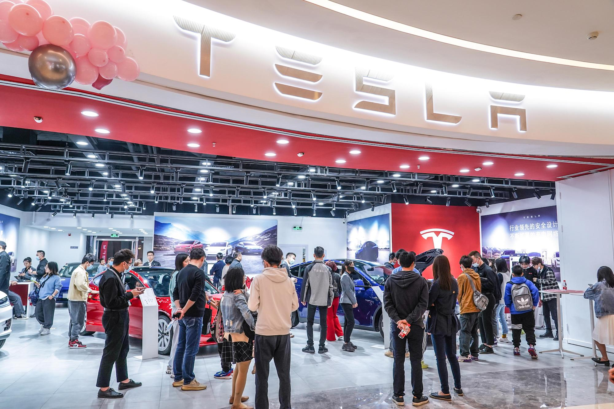 Tesla mulls cars tailored to China amid mounting criticisms