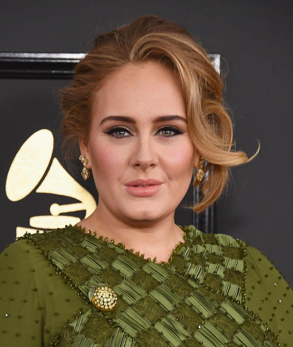 LOS ANGELES, CA - FEBRUARY 12:  Singer Adele arrives at the 59th GRAMMY Awards at the Staples Center on February 12, 2017 in Los Angeles, California.  (Photo by Jon Kopaloff/FilmMagic)