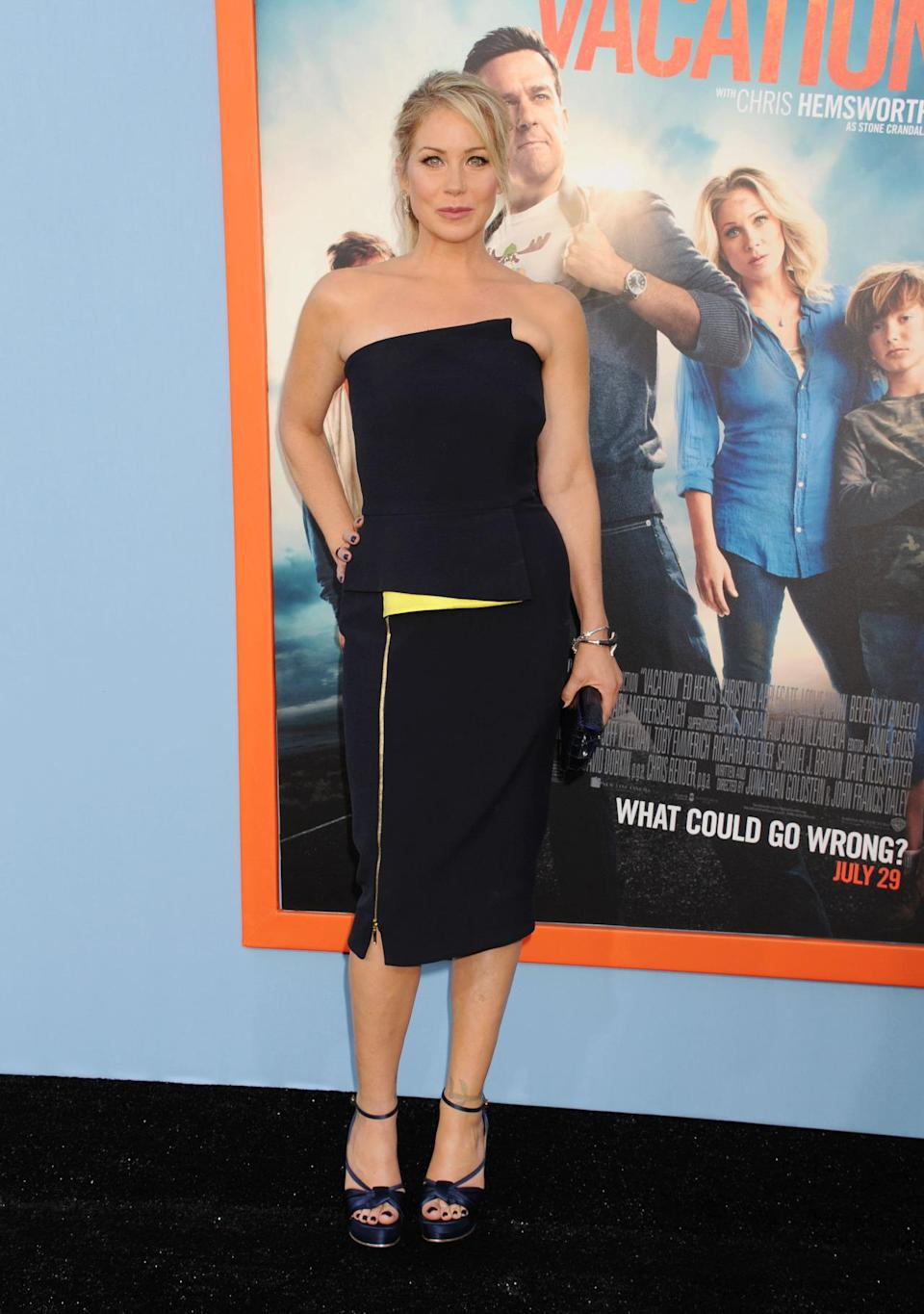 <p>The comedic actress looked divine in a strapless LBD at the premiere of her film <i>Vacation</i>.<br><br></p>
