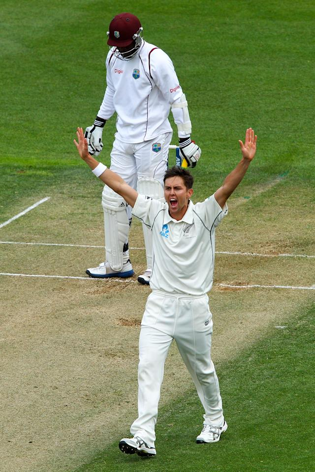 WELLINGTON, NEW ZEALAND - DECEMBER 12:  Trent Boult of New Zealand appeals unsuccessfully for the wicket of Kirk Edwards of the West Indies during day two of the Second Test match between New Zealand and the West Indies at Basin Reserve on December 12, 2013 in Wellington, New Zealand.  (Photo by Hagen Hopkins/Getty Images)