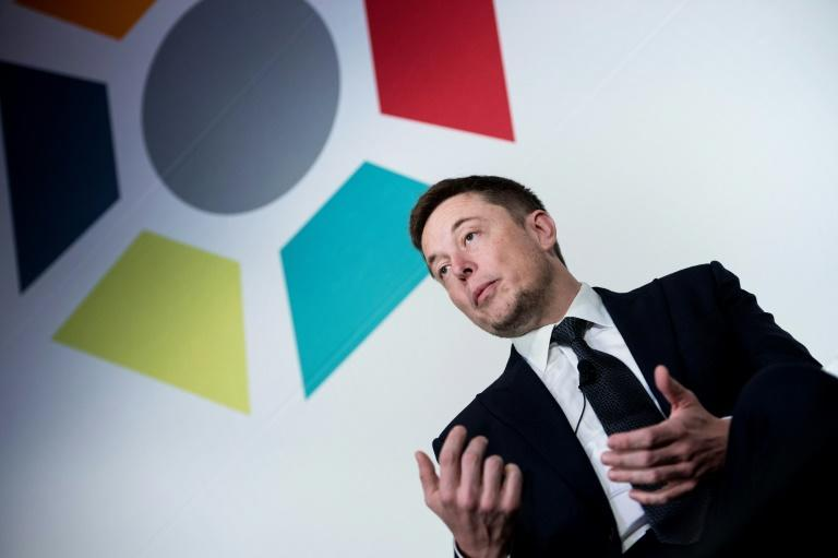 Experts remain skeptical of the claims from Elon Musk, who is seeking an interface that help people enhance their brain power with computers (AFP Photo/Brendan Smialowski)