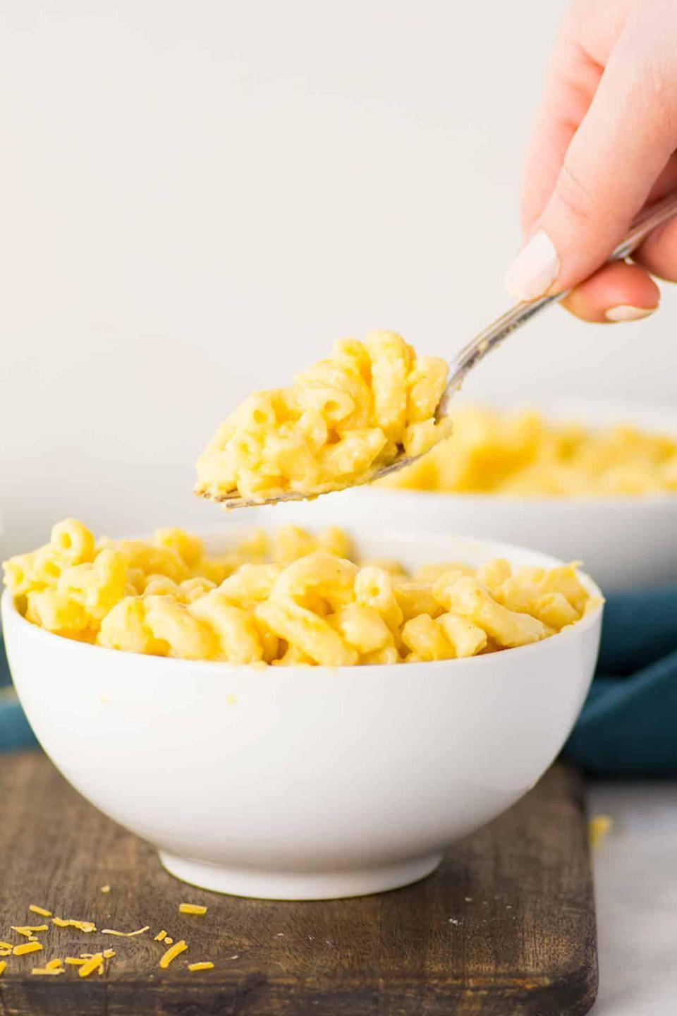"<p>Everyone loves mac and cheese, but no one loves when the sauce dries out before it's time to eat. This tried-and-true recipe for the ""creamiest, cheesiest"" mac and cheese solves that problem once and for all. The trick? The combination of sharp cheddar and colby jack, a generous pour of heavy cream and chicken broth in the sauce. Now all you have to do is add some <a href=""http://www.thedailymeal.com/cook/unexpected-mac-and-cheese-additions?referrer=yahoo&category=beauty_food&include_utm=1&utm_medium=referral&utm_source=yahoo&utm_campaign=feed"" rel=""nofollow noopener"" target=""_blank"" data-ylk=""slk:unexpected ingredients that go great with mac and cheese"" class=""link rapid-noclick-resp"">unexpected ingredients that go great with mac and cheese</a> to make it pop.</p> <p><a href=""https://www.thedailymeal.com/best-recipes/mac-and-cheese-recipe-freezer-homecooked?referrer=yahoo&category=beauty_food&include_utm=1&utm_medium=referral&utm_source=yahoo&utm_campaign=feed"" rel=""nofollow noopener"" target=""_blank"" data-ylk=""slk:For the Mac and Cheese recipe, click here."" class=""link rapid-noclick-resp"">For the Mac and Cheese recipe, click here.</a></p>"