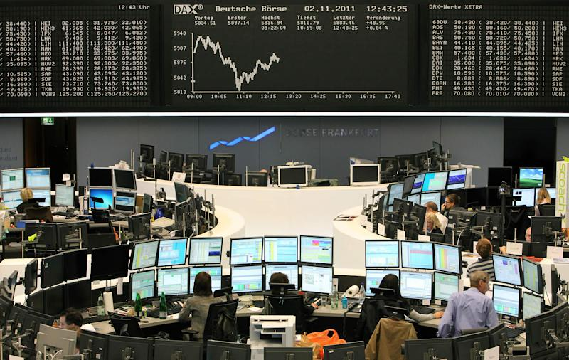 Borse incerte: Piazza Affari prova a rimanere a galla con l'oil