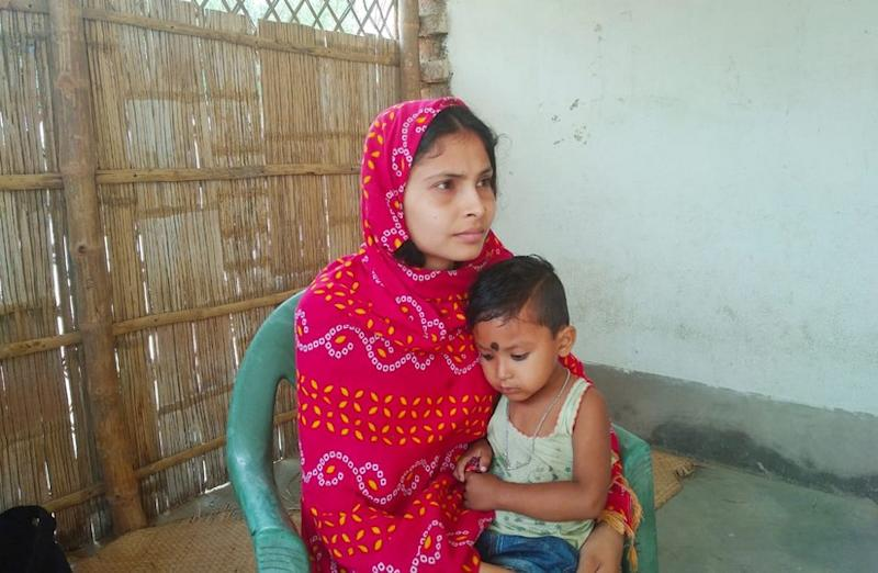 Nasreen was forced to marry at the age of 13 and now has a two-and-a-half-year-old child. She regrets not fighting against being forced marry. Umesh Kumar Ray/101Reporters