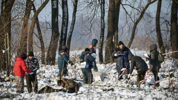PHOTO: Russian Emergency Ministry rescuers work at the site of an Antonov An-148 plane crash in Ramensky district, on the outskirts of Moscow, on Feb.12, 2018. All passengers and crew aboard were killed. (Vasily Maximov/AFP/Getty Images)