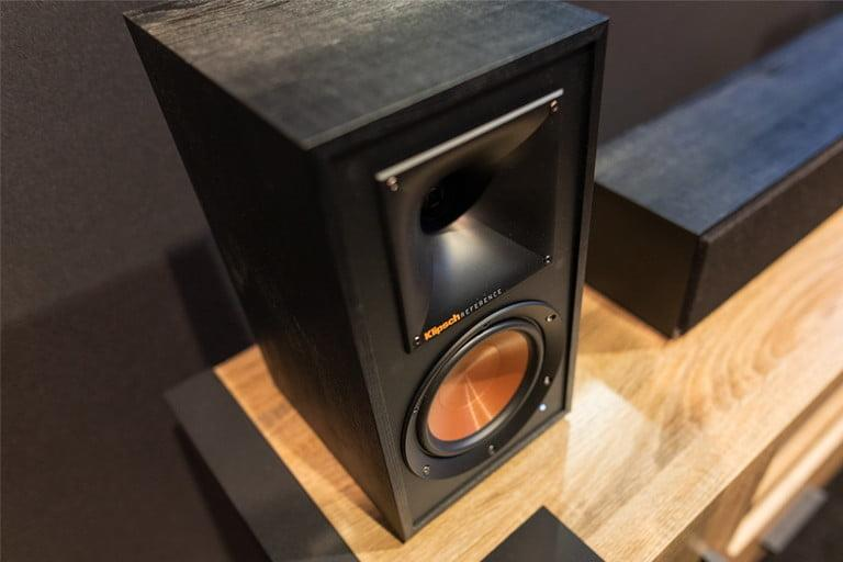 Klipsch Reference Wireless WiSA Home Theater System, para aprender todo sobre WiSA