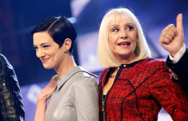 ROME, ITALY - JANUARY 08:  (L-R) Asia Argento and Raffaella Carra attend 'Forte Forte Forte' TV show photocall at RAI Voxon Studios on January 8, 2015 in Rome, Italy.  (Photo by Elisabetta A. Villa/Getty Images) (Photo: Elisabetta A. Villa via Getty Images)