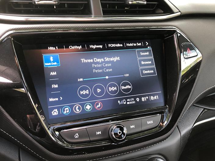 "Chevy's infotainment system is industry-leading. <p class=""copyright"">Matthew DeBord/Insider</p>"
