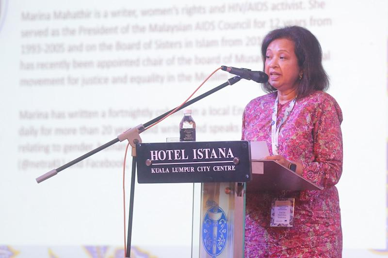 Datin Paduka Marina Mahathir speaks at the SIS International Conference on Islam and Women's Rights in Kuala Lumpur October 15, 2019. — Picture by Firdaus Latif