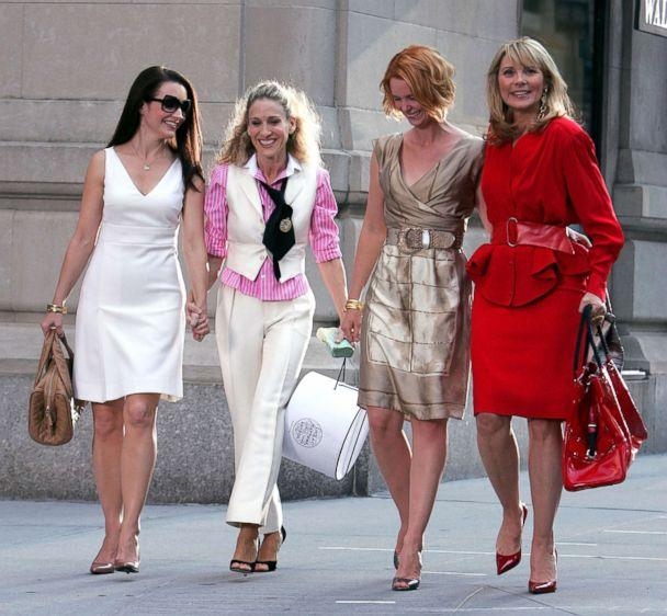 PHOTO: Kristin Davis, Sarah Jessica Parker, Cynthia Nixon and Kim Cattrall on the set of 'Sex In The City: The Movie' in New York City, Sept. 21, 2007. (James Devaney/Getty Images)